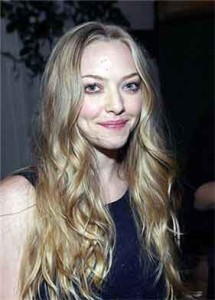 amanda seyfried smile